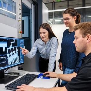 Maschinenbau/Produktion und Management